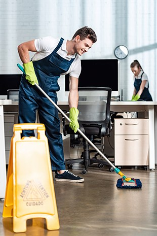 Commercial floor covering cleaning by Amazing Services