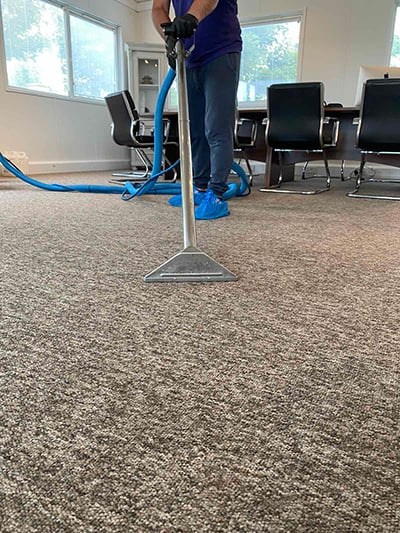 Commercial carpet steam cleaning - Amazing Services